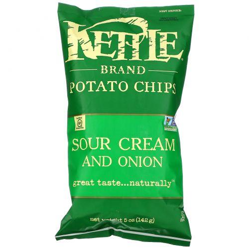 Kettle Foods, Картофельные чипсы, вкус сметаны и лука, 5 унций (142 г)