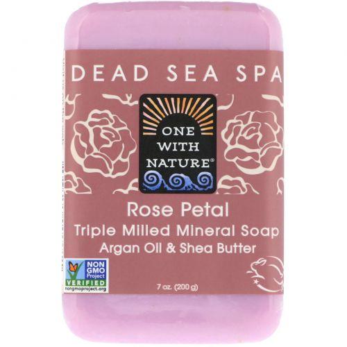 One with Nature, Брусковое мыло с лепестками роз, 7 унций (200 г)